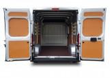 Peugeot-Boxer-laadruimte-deuren-open.jpg